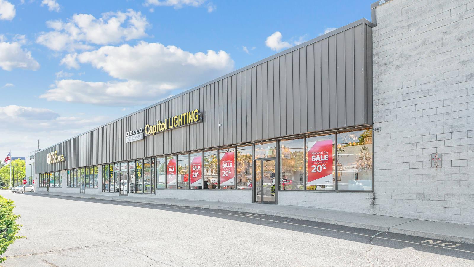CBRE Retail73-75 Route 17 S., Paramus73-75 Route 17 S  Photo