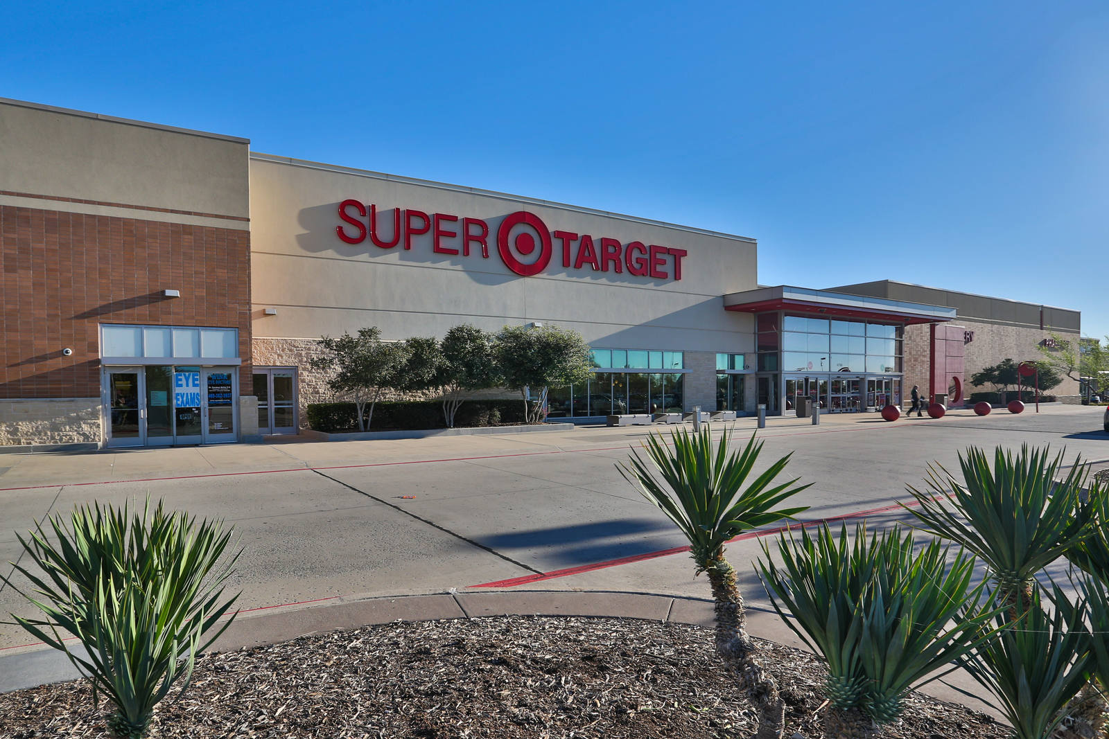 CBRE RetailLewisville Towne CrossingSEQ SH-121 & Josey Ln  Photo