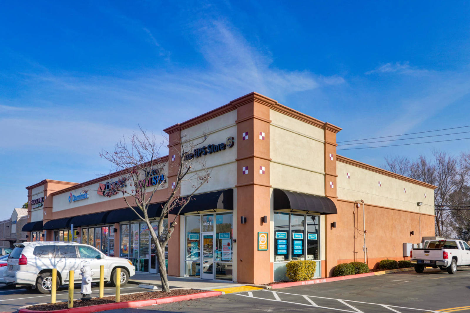 CBRE RetailSouthgate Plaza4220 FLORIN RD  Photo