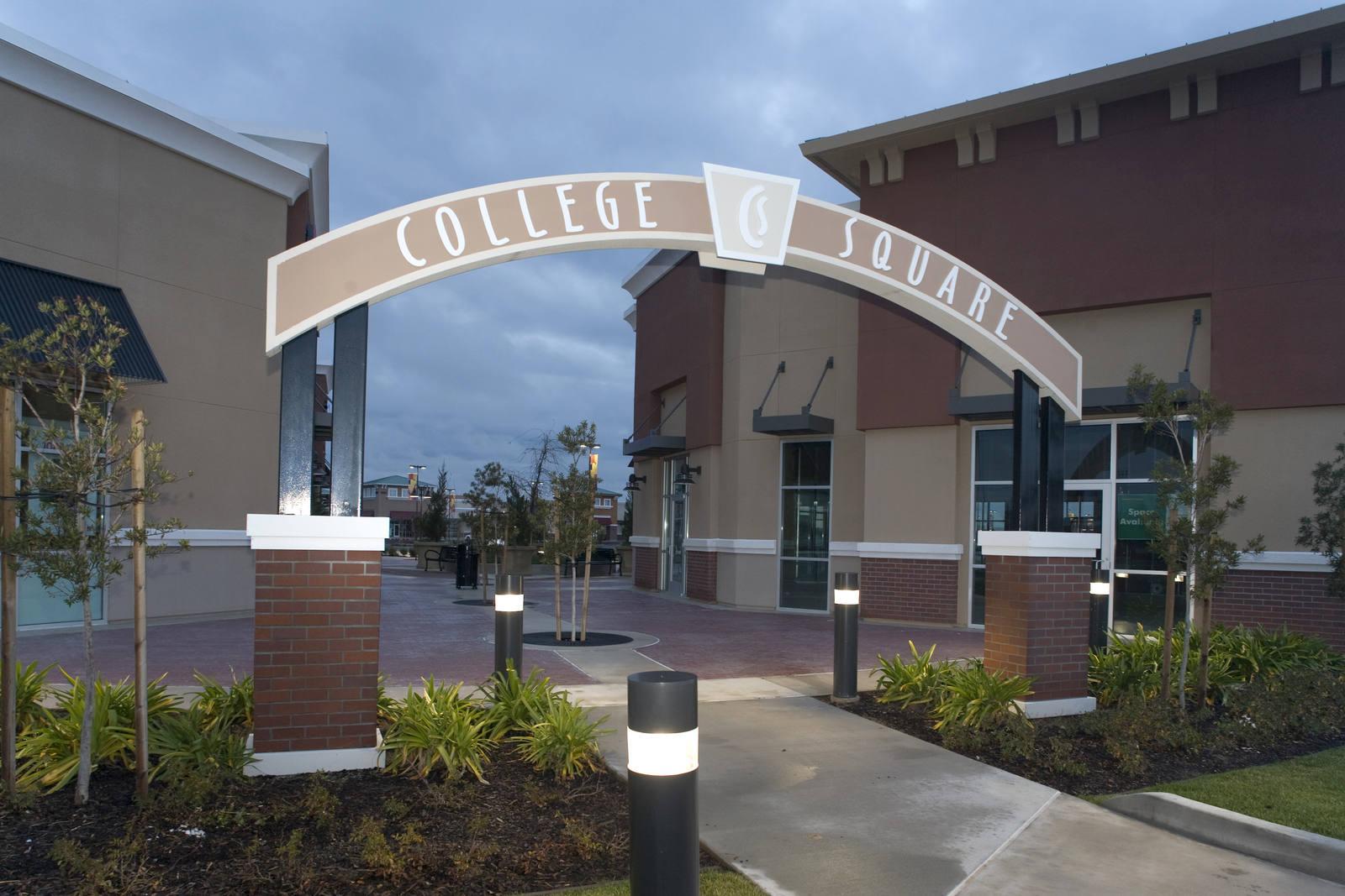 CBRE RetailCollege Square (the Shops at)7411 W Stockton Blvd  Photo