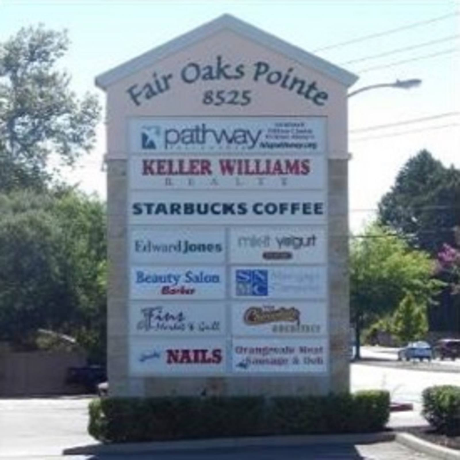 CBRE RetailFair Oaks Pointe8525 Madison Ave  Photo