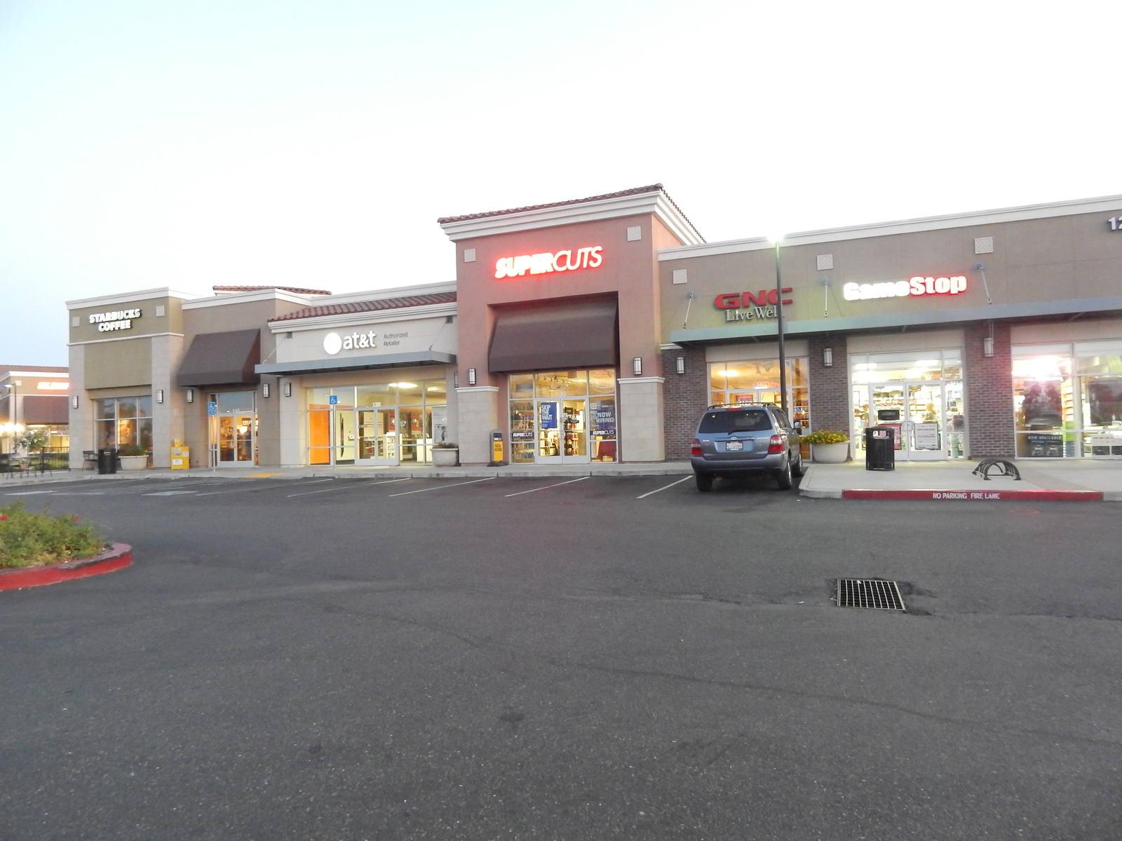 CBRE RetailLincoln Crossing115 FERRARI RANCH RD  Photo