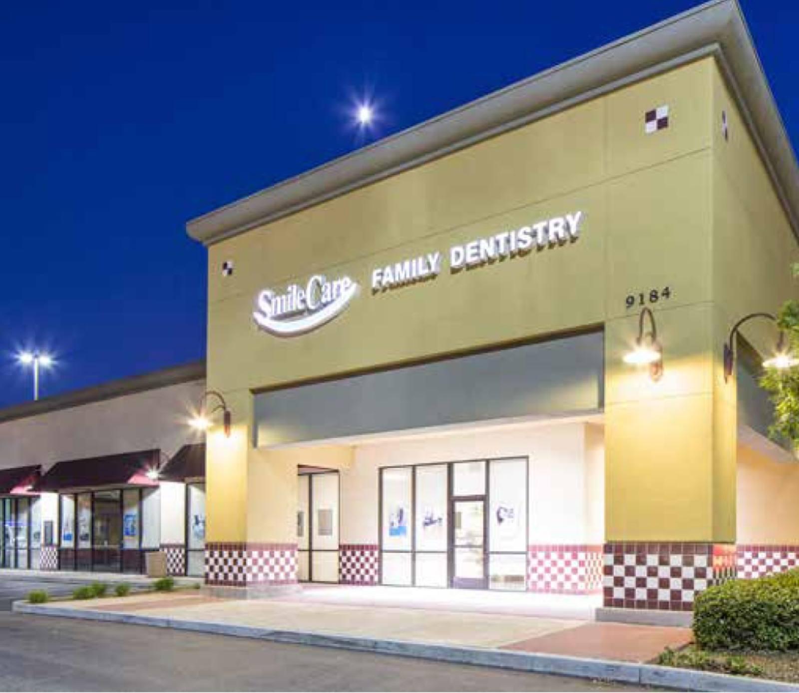 CBRE RetailMarketplace 999134 E Stockton Blvd  Photo
