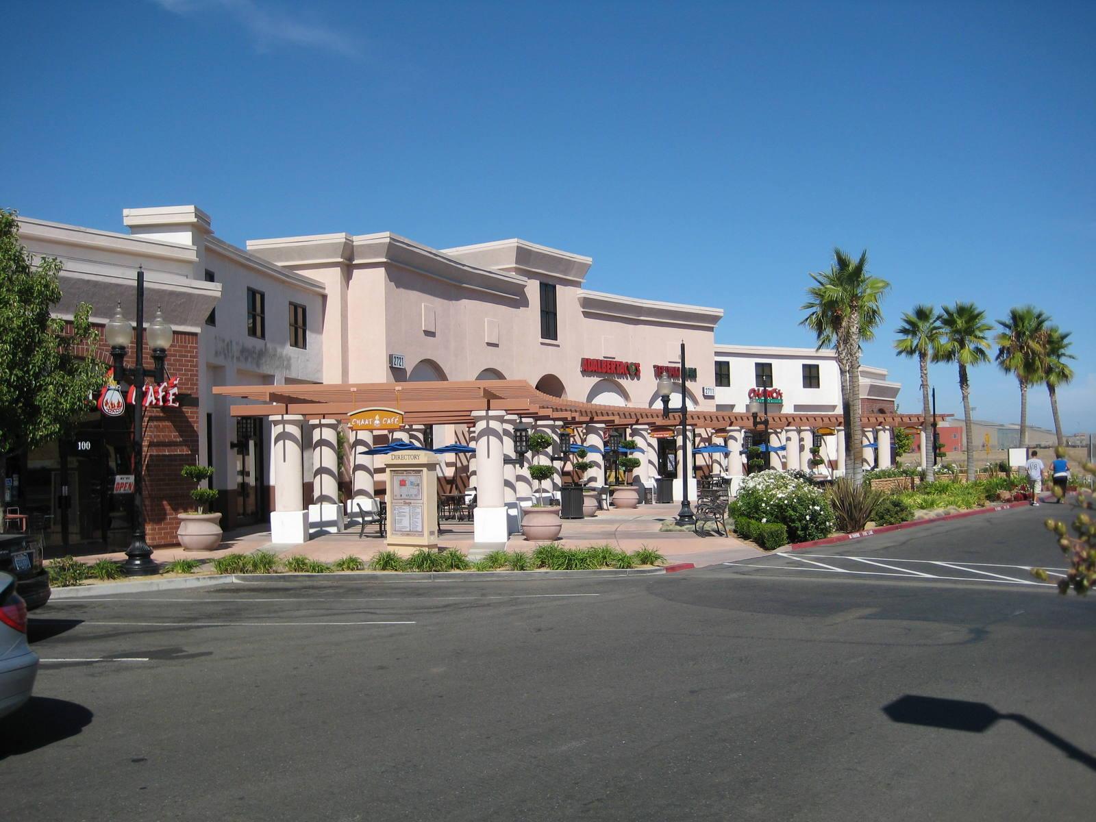 CBRE RetailNatomas Town Center2701 DEL PASO RD  Photo