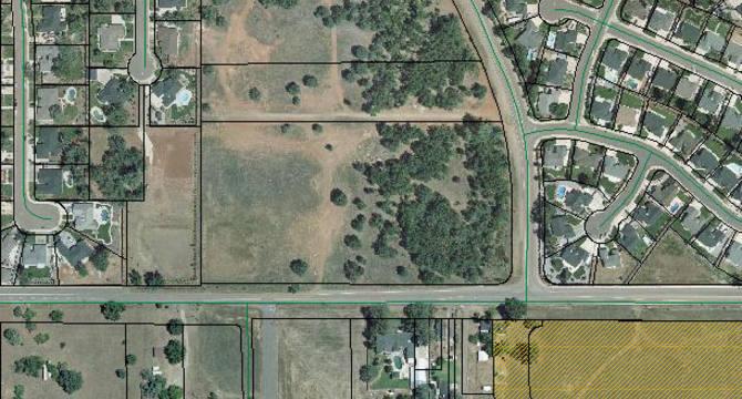 CBRE RetailShasta View Land2800 Rancho Rd  Photo