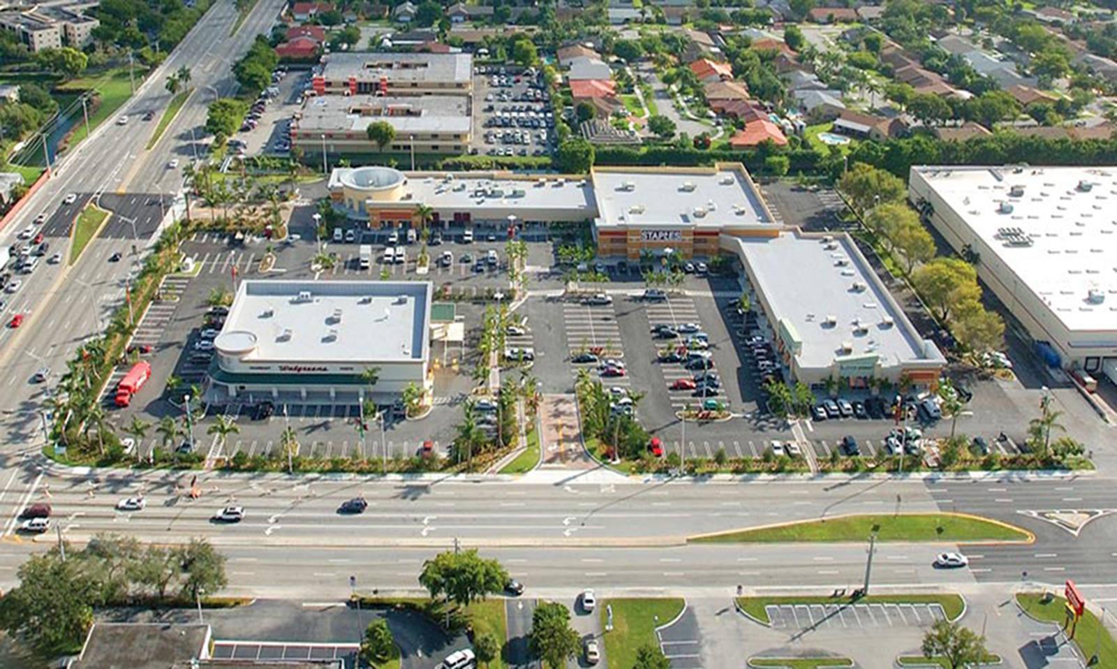 CBRE RetailCarter Square13600 SW 88 Street  Photo