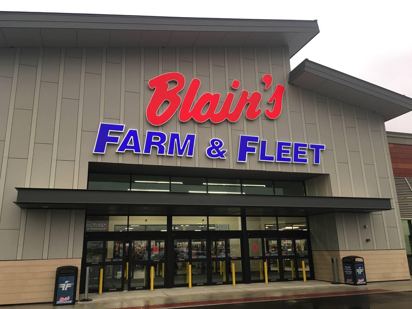 CBRE RetailWeber PointeS Weber Rd & Airport Rd  Photo