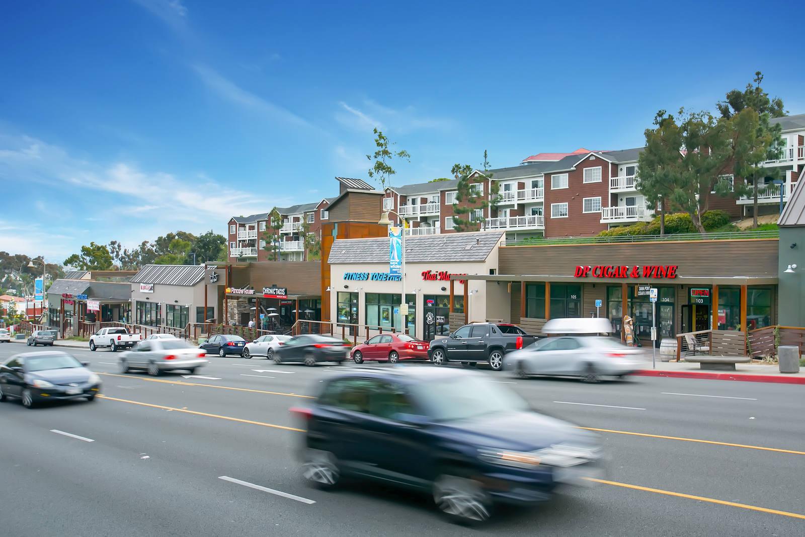 CBRE RetailThe Row34255 Pacific Coast Highway  Photo