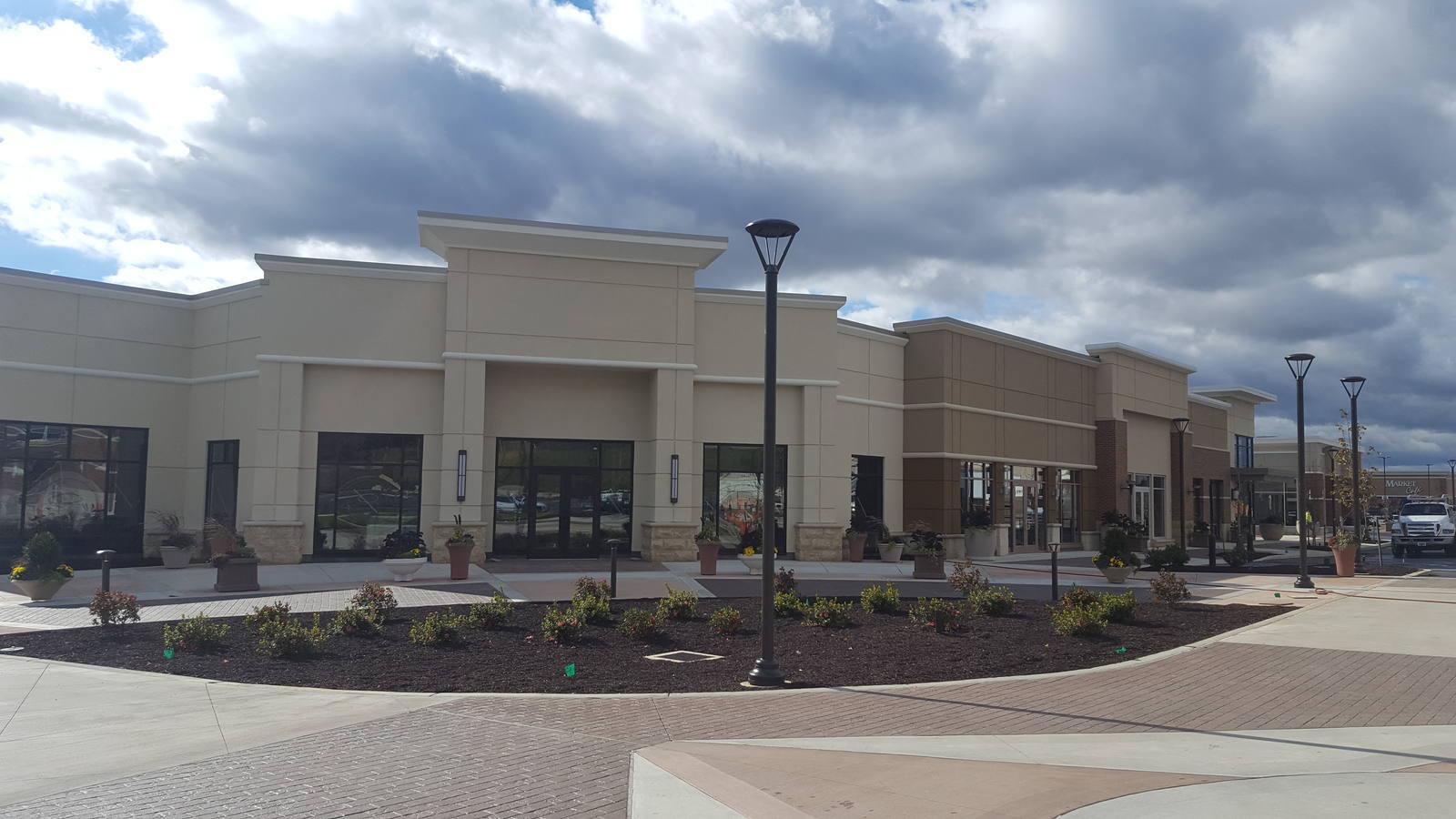 CBRE RetailThe Crossings at Conestoga Creek2000 Crossings Blvd.  Photo