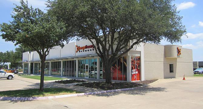 CBRE RetailOakbend Retail5701 Bryant Irvin Rd (SEC Bryant Irvin Rd & Oakbend Trail),   Photo
