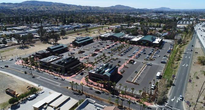 CBRE RetailRedlands Packing House District  Photo