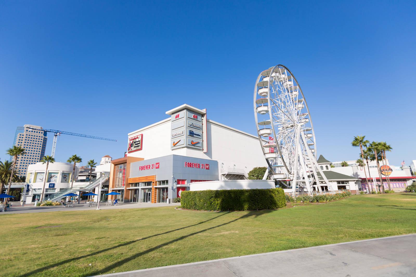 CBRE RetailThe Pike95 S Pine Ave  Photo