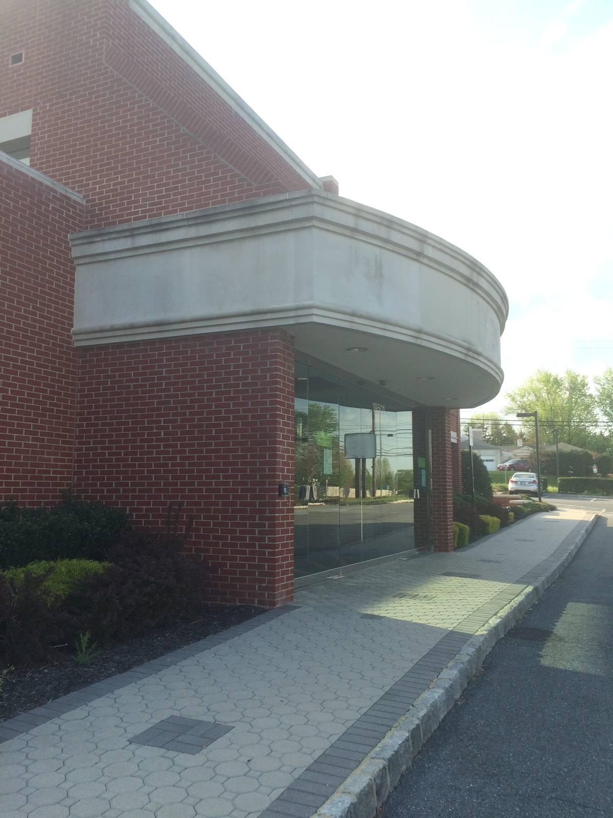 CBRE Retail19501 N Frederick Rd19501 N Frederick Rd  Photo