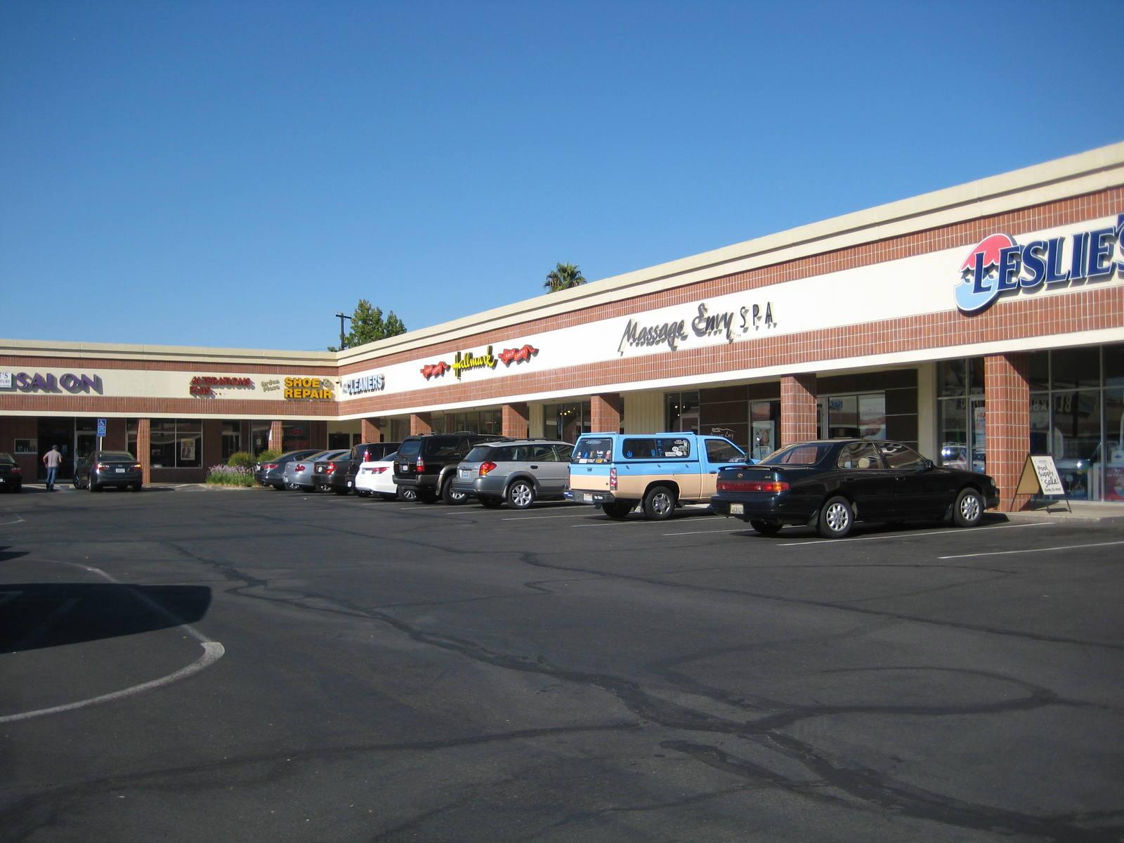 CBRE RetailArden Plaza4345 Arden Way  Photo
