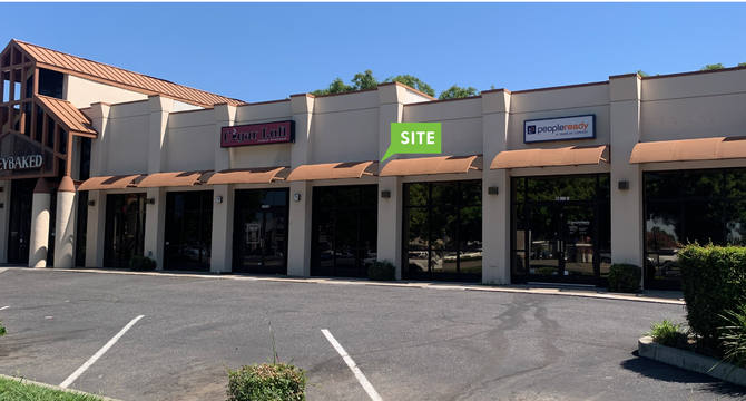 CBRE RetailHoneyBaked Ham Center - Stockton6530 Pacific Avenue  Photo