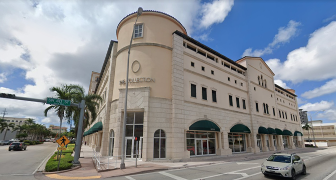 CBRE Retail4000 Ponce4000 Ponce De Leon Blvd  Photo