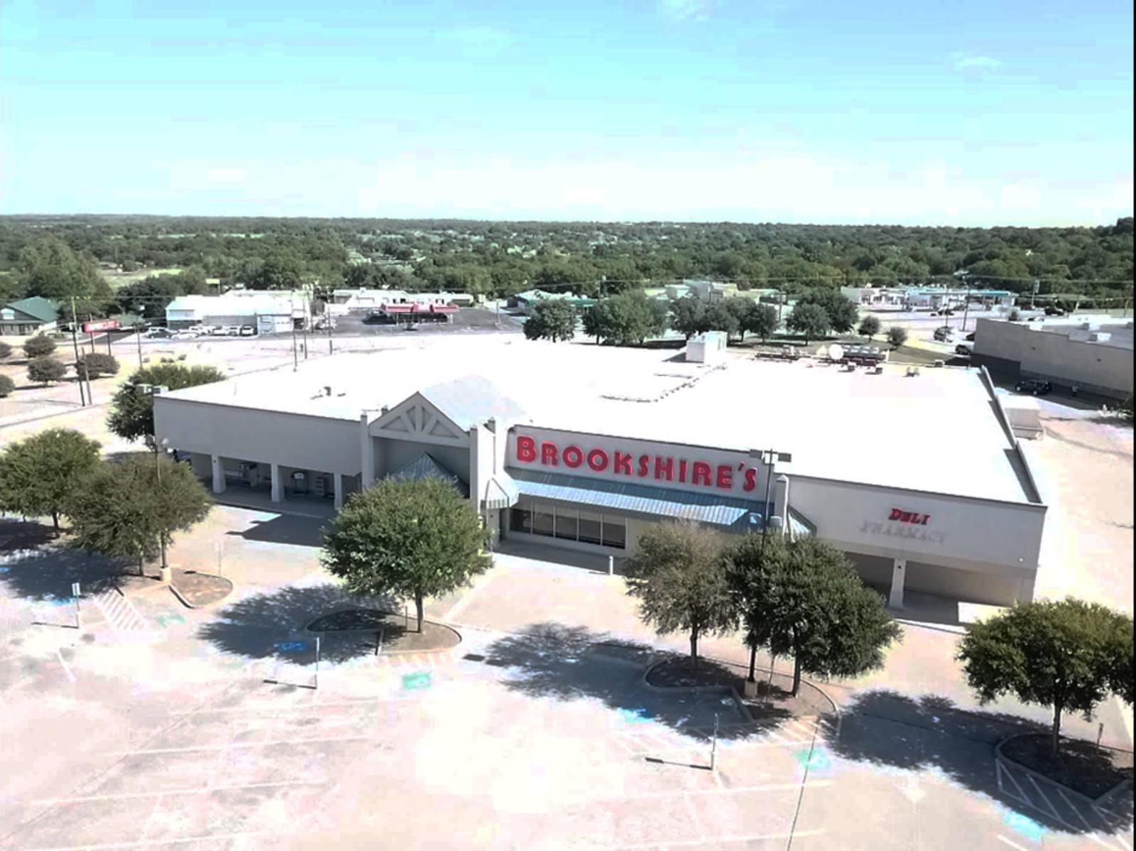 CBRE RetailFormer Brookshire's Grocery6708 Lake Worth Blvd  Photo
