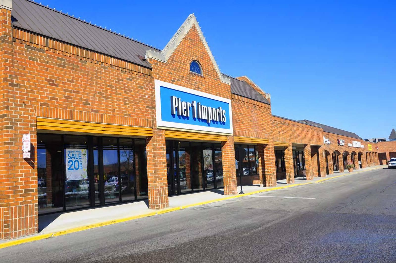 CBRE RetailDanada Square WestNWC Butterfield Rd & Naperville  Photo