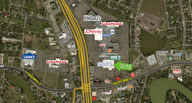 CBRE RetailFormer Sears - Brownsville2320 North Expwy  Photo